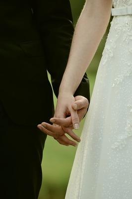 bride-and-groom-2746103_640.jpg